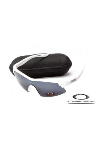 FAKE OAKLEY M FRAME SUNGLASSES WHITE FRAME GREY LENS